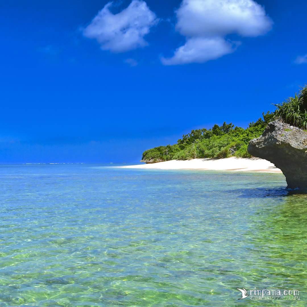 秘密のビーチへSUPで上陸