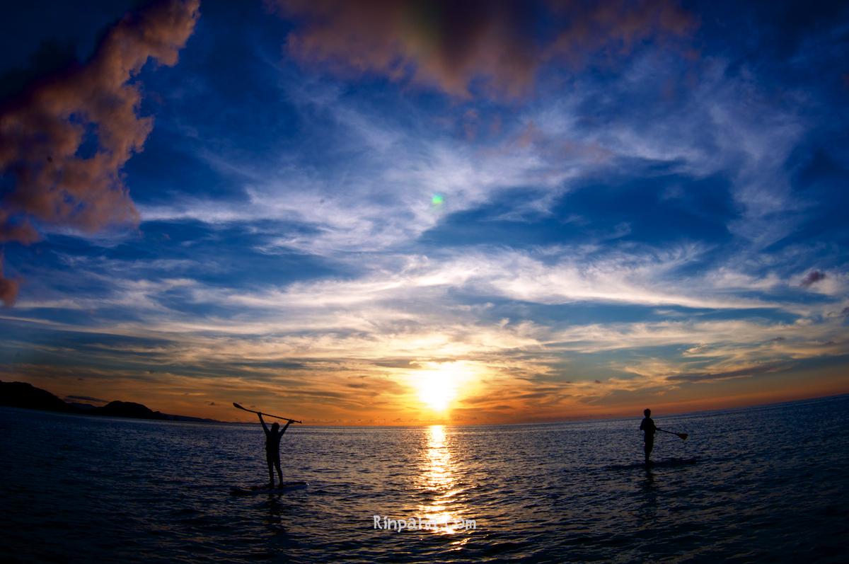 「空にも海があるみたい」なサンセットSUPツアー