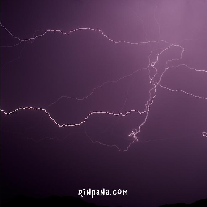 雷の降る石垣島(先日の写真)