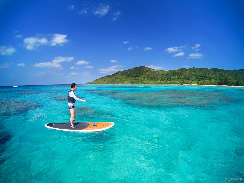 「もっとみんなに見せたい」海の色!石垣島の冬SUPへ