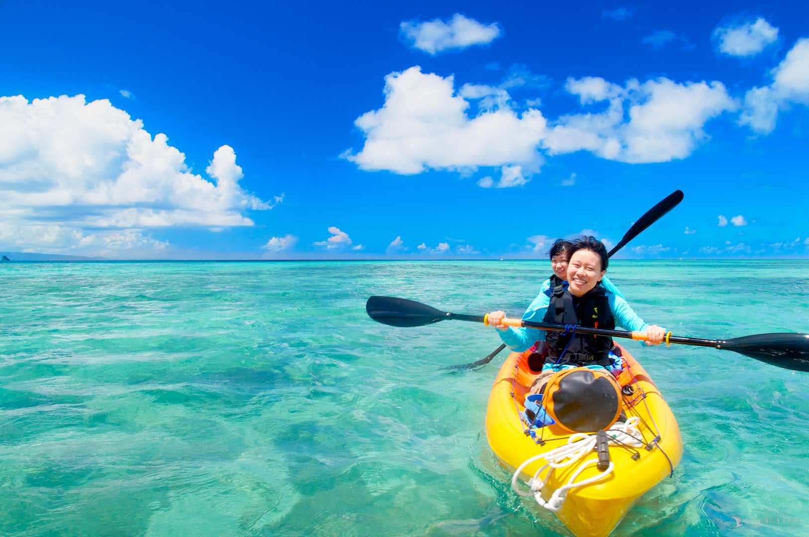 カヤックでサンゴ礁へ泳ぎに「半日カヌーシュノーケルツアー」