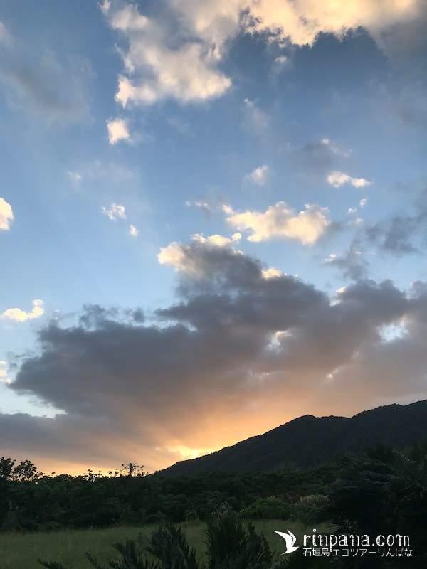 石垣島の日の出は朝8時?!