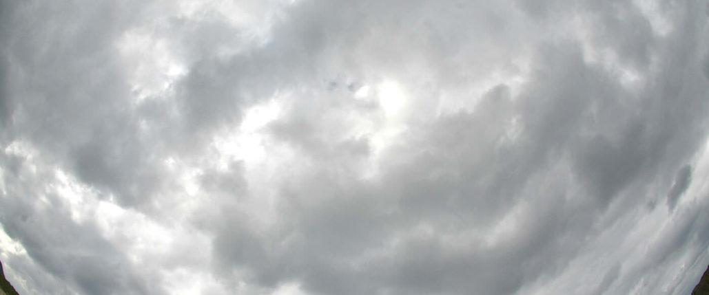 石垣島の曇り空