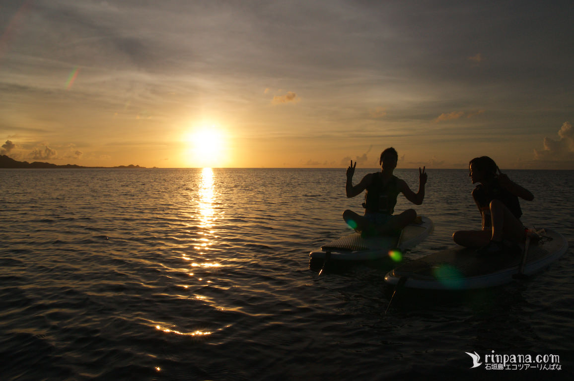 GoProを片手に夕陽をおいかけたサンセットSUPツアー