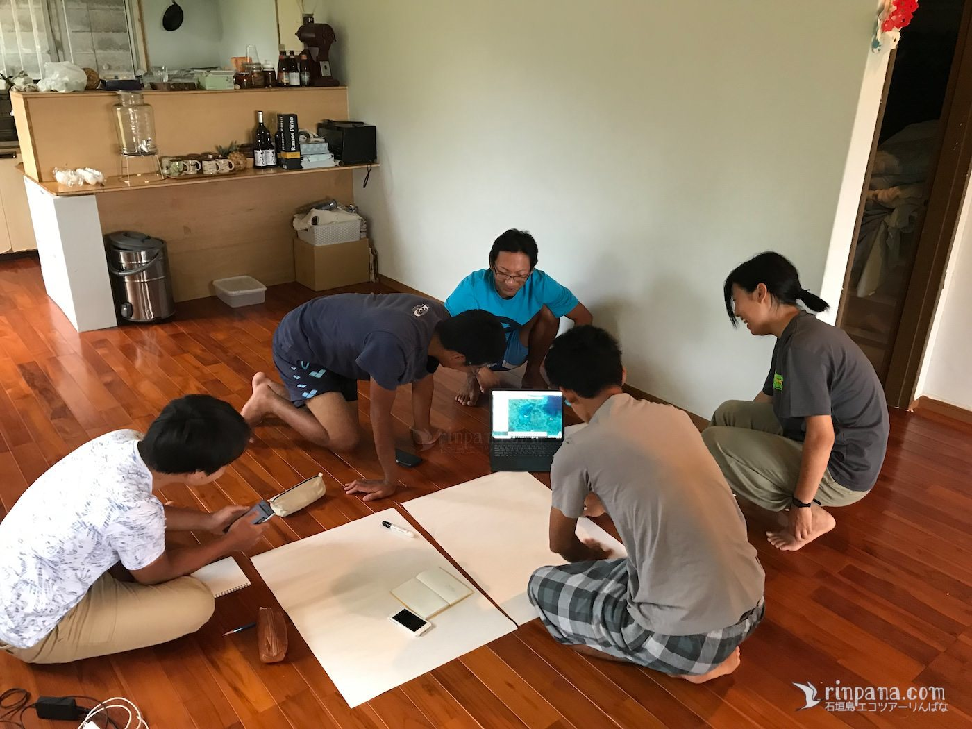 皆で進めるサンゴの調査 〜学生たちのサンゴ合宿〜